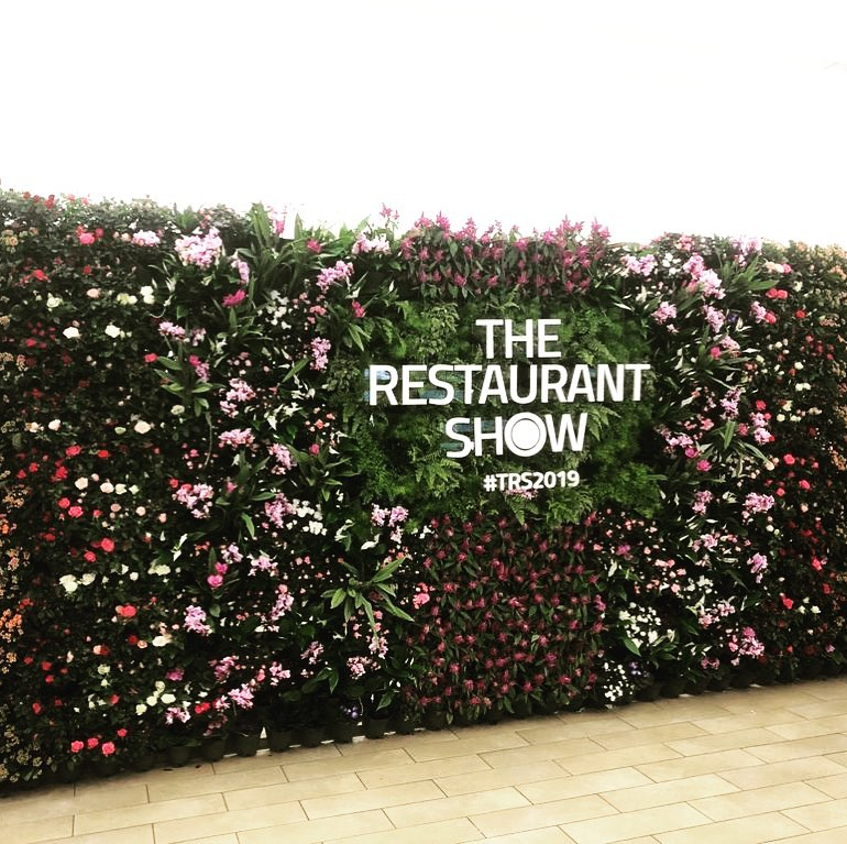 Creating a statement wall for your next event looks amazing